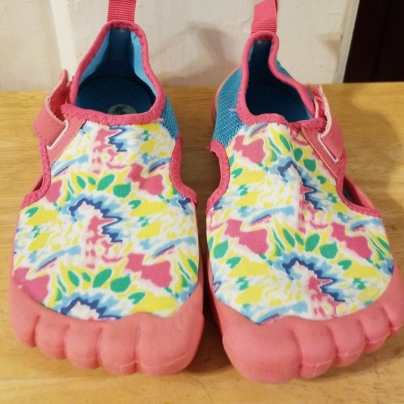 Newtz Other - Girls Size 11/12 multi-color water shoe